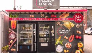 Ein Essensautomat mit dem Namen S´Markt Standl